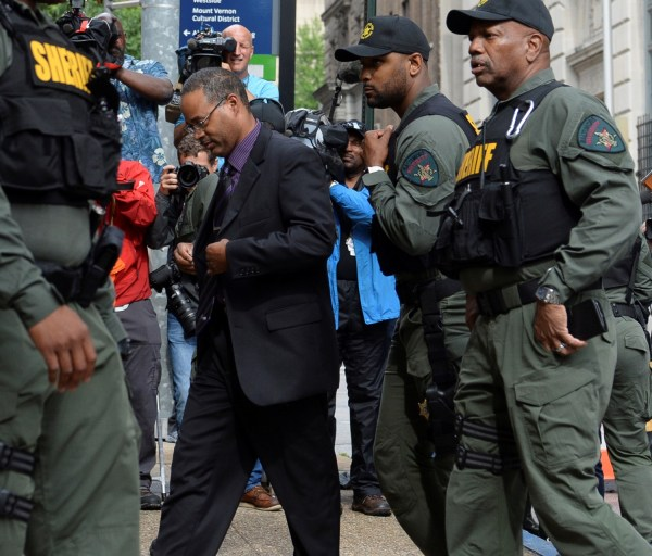 Officer Caesar Goodson arrives at the courthouse in Baltimore, June 23, 2016.  REUTERS