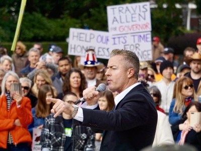 GOP Gubernatorial Candidate Travis Allen Holds Sacramento Rally | Breitbart