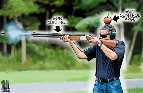 Luojie - China Daily, China - Obama skeet-shooting - English - Obama skeet-shooting,gun control,target,apple