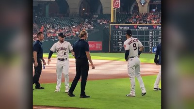 'Sex and the City' flashback at Astros game