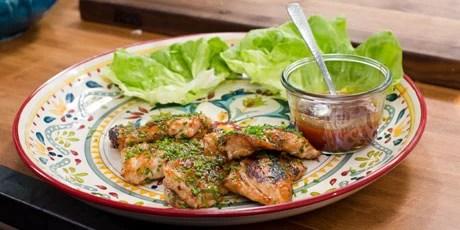 Food network canada bbq addiction foodstutorial sticky glazed en thighs in er lettuce recipes food forumfinder Choice Image