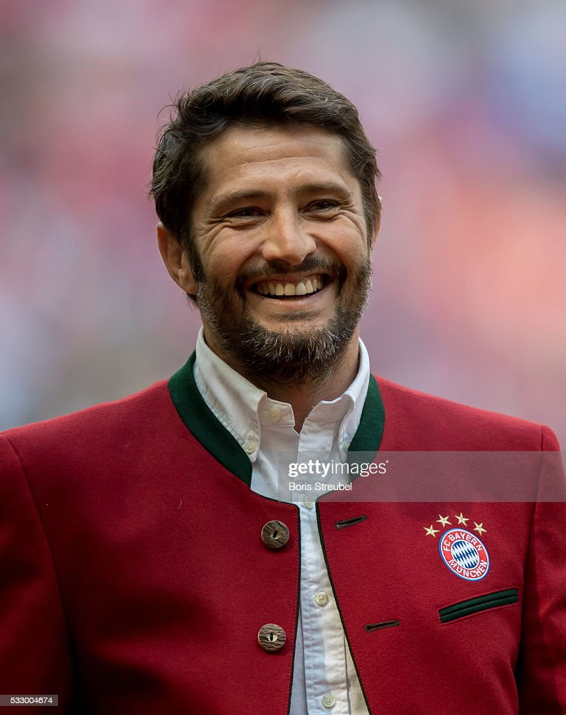 Bixente Lizarazu Pictures and Photos   Getty Images Bixente Lizarazu former player of Bayern Muenchen is introduced to the  public prior to the Bundesliga
