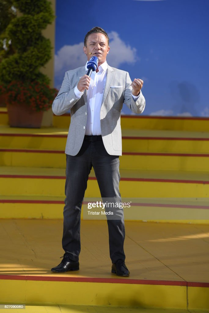 Ard Live Stock Photos and Pictures   Getty Images Stefan Mross during the ARD Live TV Show  Immer Wieder Sonntags  at  EuropaPark on