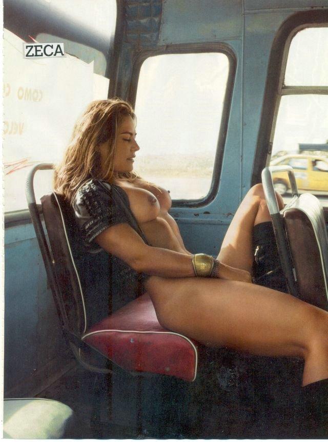 sexy women naked in public
