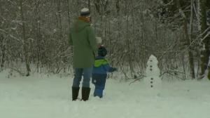 Raw video: Parts of Germany blanketed in heavy snow
