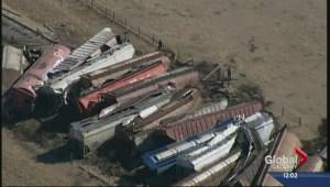 Train derails in Southern Alberta