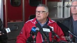Ralph Goodale thanks local politicians, responders in Emerson, Manitoba
