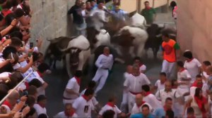 1 person gored in 1st bull-run of Pamplona festival