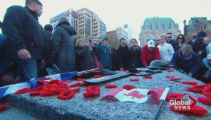 Thousands gather for Remembrance Day ceremony at the National War Memorial