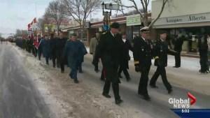 Edmontonians commemorate Remembrance Day