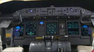 Two crew in cockpit rule expires in Canada