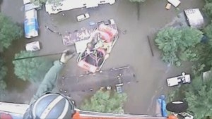 3 people rescued from rooftop by helicopter during Louisiana flooding