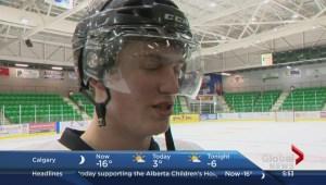 Okotoks Oilers battle the Calgary Hitmen