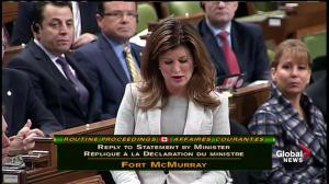Rona Ambrose fights back tears as she discusses Fort Mac fire, gets hug from Justin Trudeau