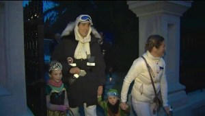 Justin Trudeau and wife Sophie take their kids trick or treating