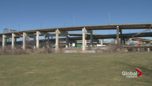 Councillors debate the future of the Gardiner expressway