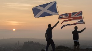 Scotland referendum: Polls close in historic independence vote