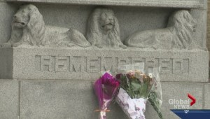Edmontonians pay tribute to the fallen
