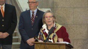 Carolyn Bennett announces Shoal Lake 40 First Nation to finally get 'Freedom Road'