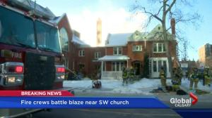 Fire breaks out in historic Calgary manse