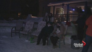 Vaudreuil resident builds backyard theatre out of ice