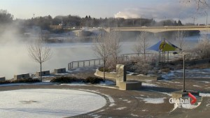 Raw Video: Saskatoon hit by extremely cold weather