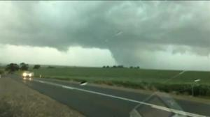 Southern Australia blanketed in darkness following storms
