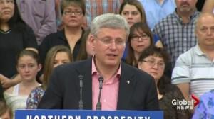 Harper derides Russia's convoy entering Ukraine