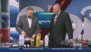 NDP leader Tom Mulcair makes pancakes on the Morning Show