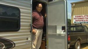Texas man 'kidnapped' when thieves try to steal his trailer while he's still inside
