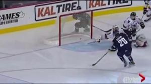 Saskatoon Blades topple Calgary Hitmen 6-2