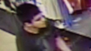 US police searching for mall shooter after deadly attack