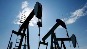 EU could ease restrictions on importing oilsands crude