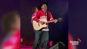Garth Brooks playing 6 shows in Saskatoon