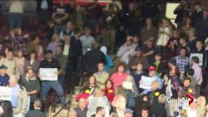 Muslim woman kicked out of Trump rally after silent protest