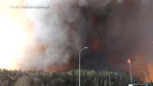 Fort McMurray wildfire: Video captures audio of emergency crews struggling to contain blaze