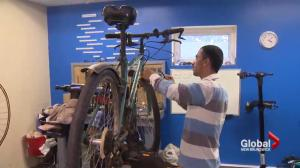 Moncton refugee using bikes to give back