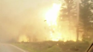 B.C. wildfire evacuee relives harrowing Hwy 20. escape through flames