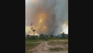 RAW: Viewer video shows fire approaching central Manitoba communities