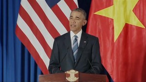 Obama announces end to Vietnam arms trade embargo