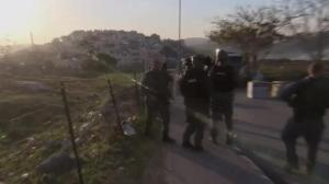 Raw video: Clashes continue in Jerusalem