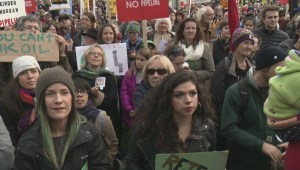 Thousands protest Kinder Morgan in Vancouver
