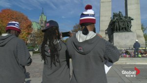 Alouettes players pay homage to Cirillo at War Memorial