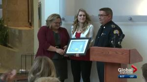 Alberta woman honoured for her bravery after putting CPR skills in use