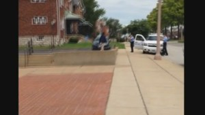 Cellphone video captures St. Louis police shooting