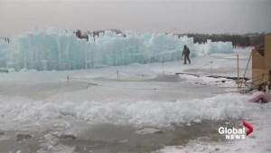 Edmonton Ice Castle sculptors take advantage of cold temperatures