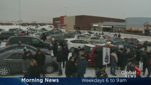 Montreal taxis block Trudeau airport