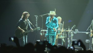 Tragically Hip perform last show in Vancouver