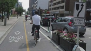 Downtown Edmonton a step closer to bike lanes