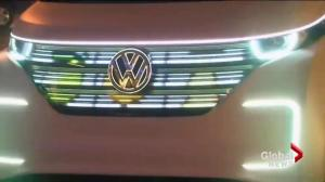 New cars, old scandals at forefront of Detroit Auto Show